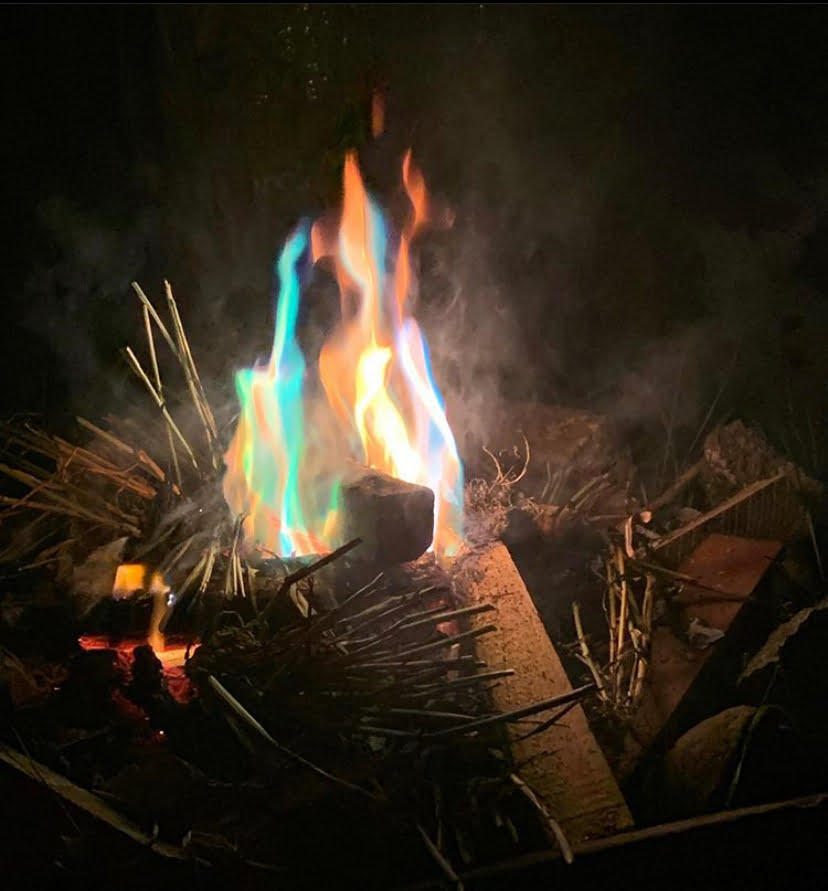 Beautifully Colourful Flames to burn our Lammas Corn Dolls in