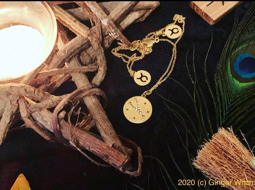 Mabon, Autumn Equinox, Fall Equinox, Pagan wheel of the Year, Pagan Sabbat,, Pagan Altar, Witches Altar