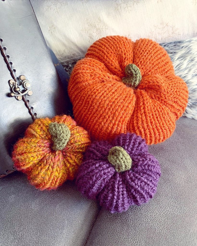 Knitted Pumpkins for sale - all proceeds to https://ravensretreat.wales/