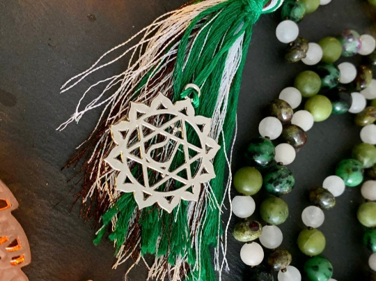 Heart Chakra Mala - Peace, Calm and Harmony - Green Jade, White Jade, Bloodstone, Dragonstone, Ruby in Zoisite